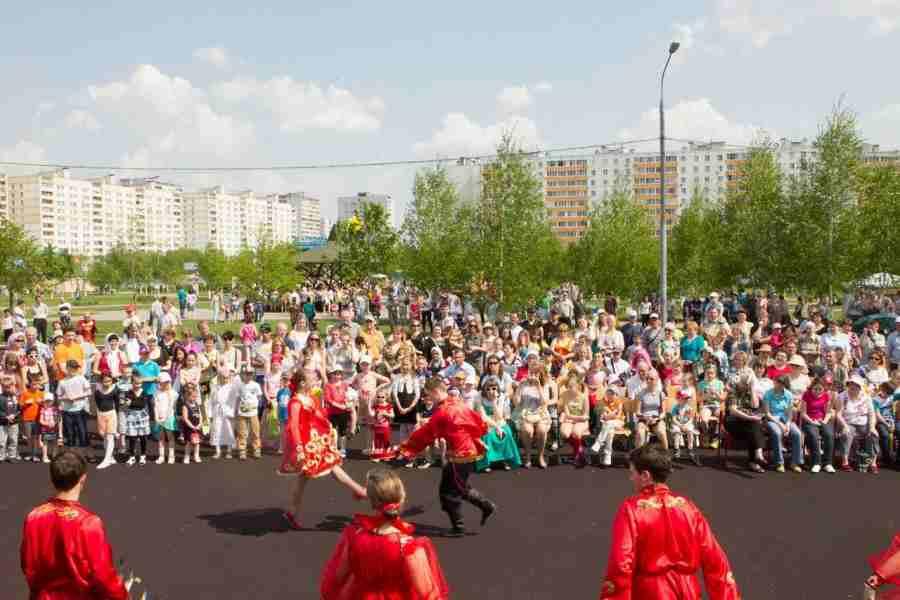 http://200hramov.ru/images/gallery/b_1368685656.jpg