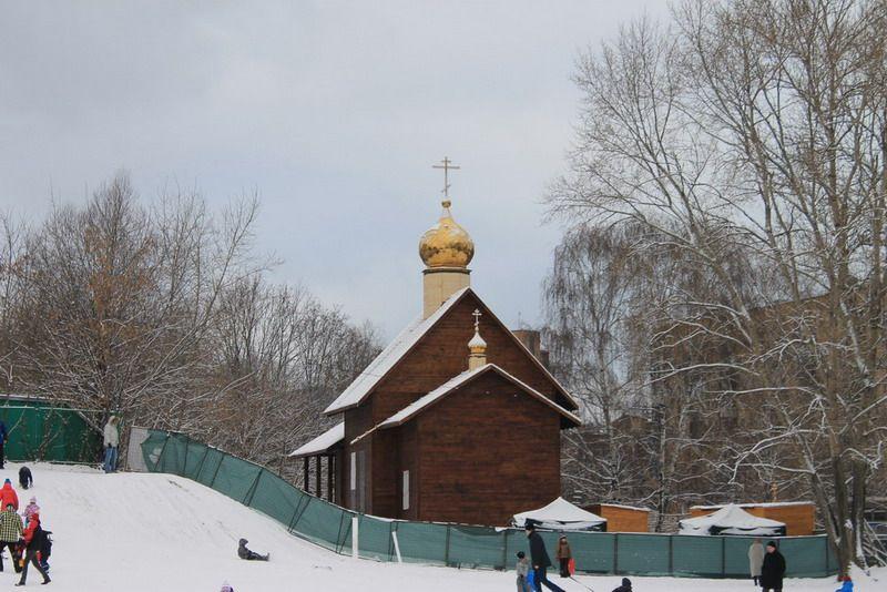 http://www.200hramov.ru/images/gallery/news/b_1387809940.jpg
