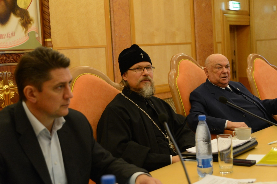http://www.200hramov.ru/images/gallery/news/ext/b_1415294722.jpg