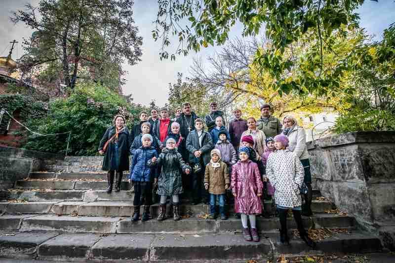 http://www.200hramov.ru/images/gallery/news/ext/b_1444070073.jpg
