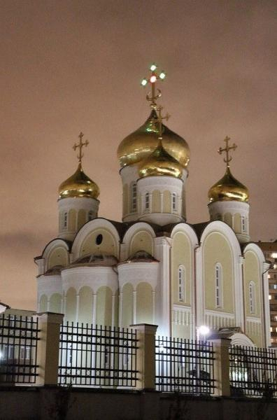 http://www.200hramov.ru/images/gallery/news/ext/b_1445187828.jpg
