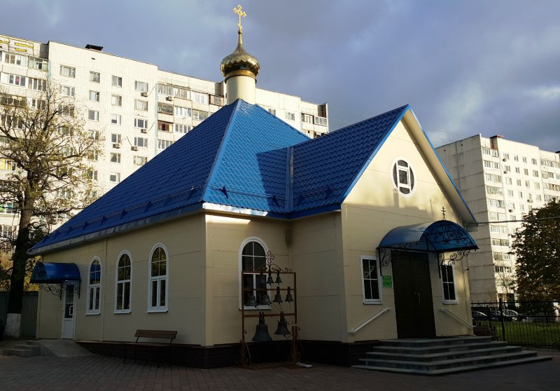 http://www.200hramov.ru/images/gallery/news/ext/b_1449780449.jpg