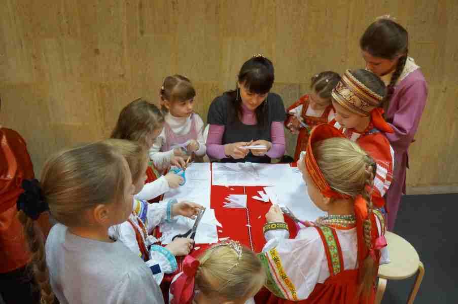 http://www.200hramov.ru/images/gallery/news/ext/b_1453411765.jpg