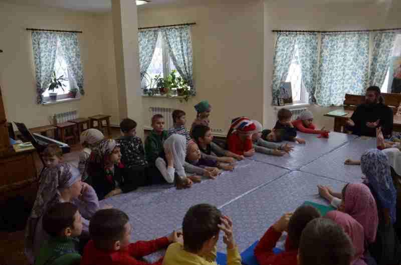 http://www.200hramov.ru/images/gallery/news/ext/b_1454961749.jpg