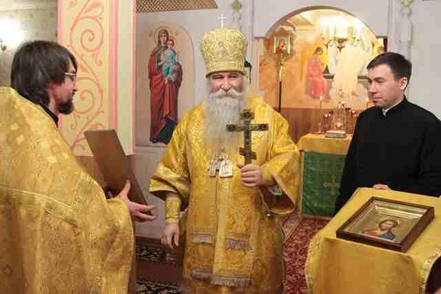 http://www.200hramov.ru/images/gallery/news/ext/b_1455828162.jpg