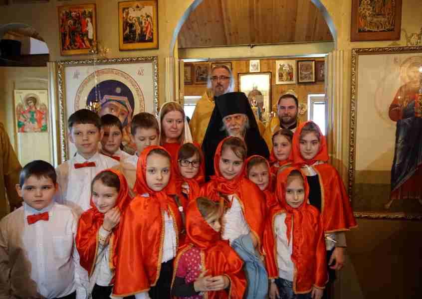 http://www.200hramov.ru/images/gallery/news/ext/b_1456861837.jpg