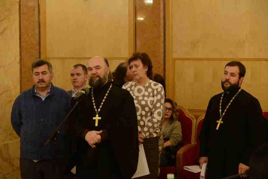 http://www.200hramov.ru/images/gallery/news/ext/b_1478809460.jpg